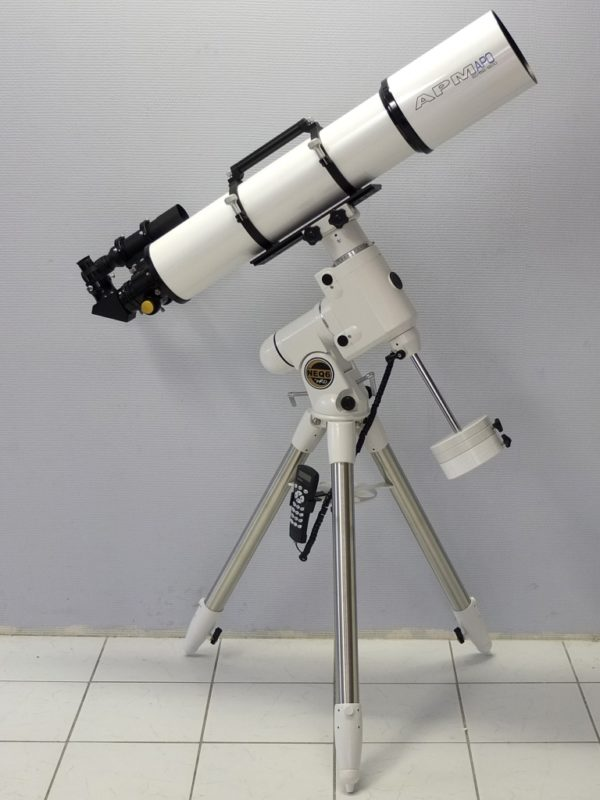 Astronomy Alive - APM Doublet ED Apo 152 f7.9 152mm Refractor telescope tube assembly