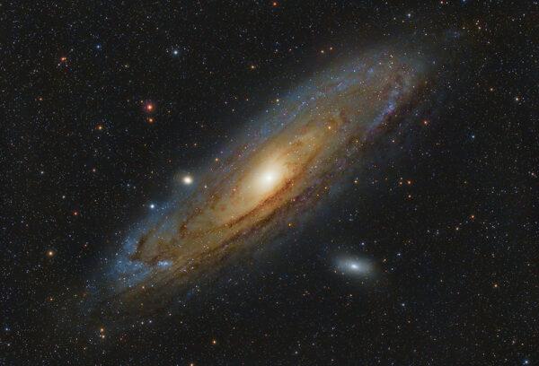 Astronomy-Alive-Sky-Rover-80mm-Triplet-APO-Refractor